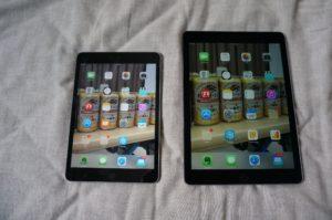 左:iPad mini 2  右:iPad Pro 9.7インチ