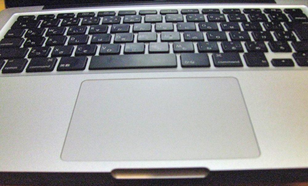 Hyper Juiceは、スマートフォンにもMacにも充電できる優れものバッテリー