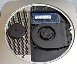 まだのやつ、早よーやれ:Mac miniのSSD換装
