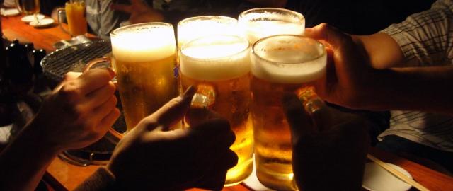 居酒屋の運営はアルバイト任せ?:採用面接から透けてみえる現実