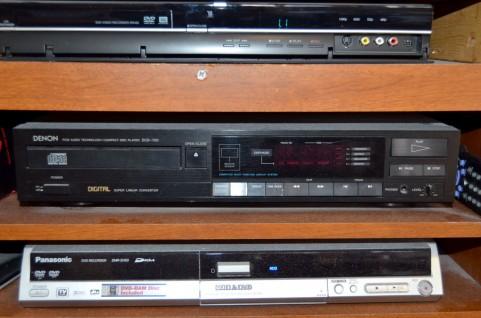 ビデオテープ300本、捨てたった!