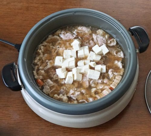 豆腐を投入